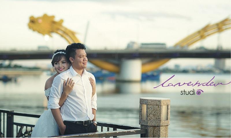 chụp hình cưới ở cầu rồng đà nẵng