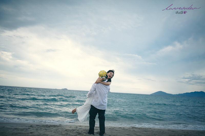 chụp ảnh cưới đẹp tại biển đà nẵng