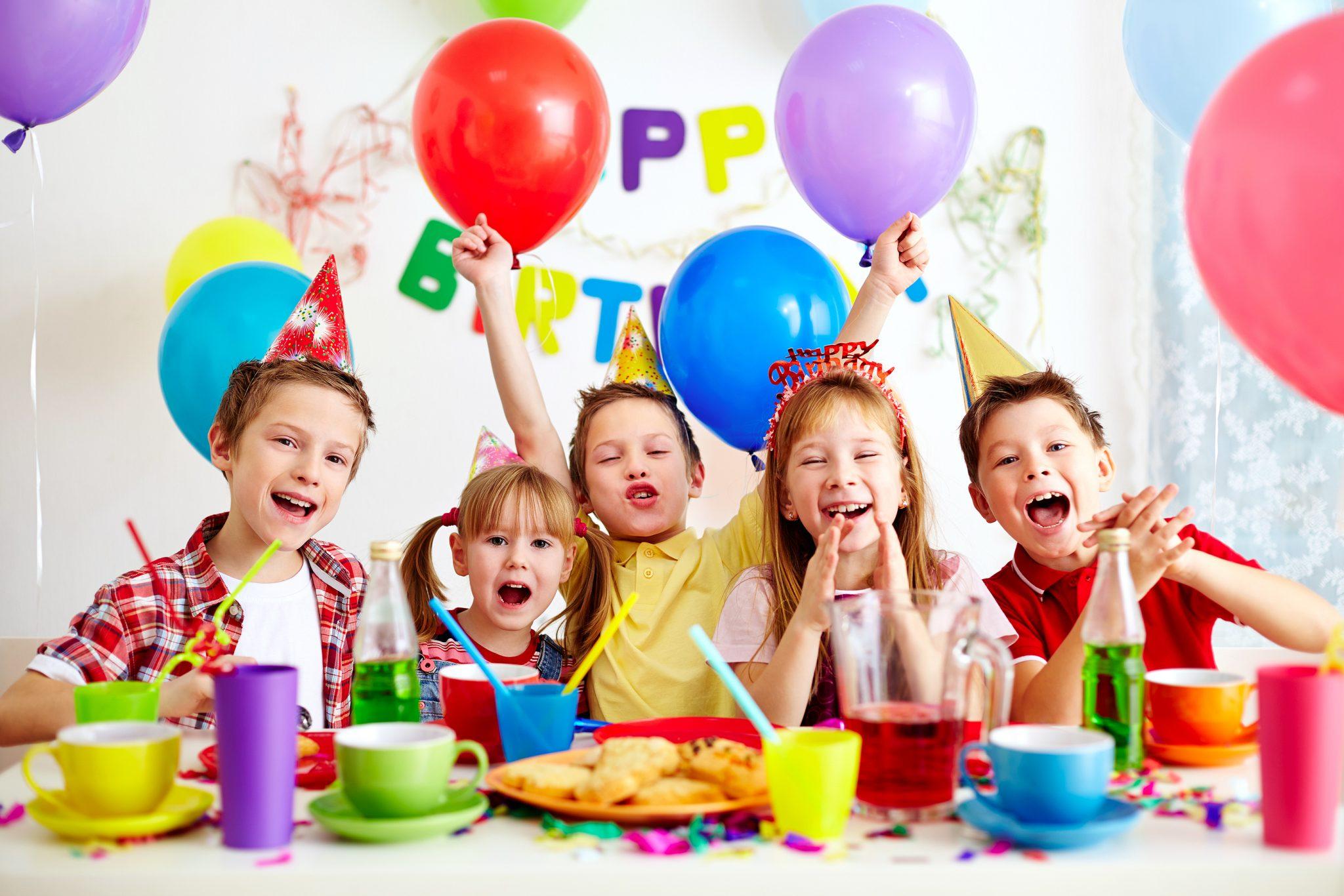 trang trí tiệc sinh nhật đẹp cho-be-