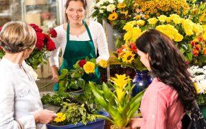 chọn hoa tặng bạn gái làm sao cho đẹp