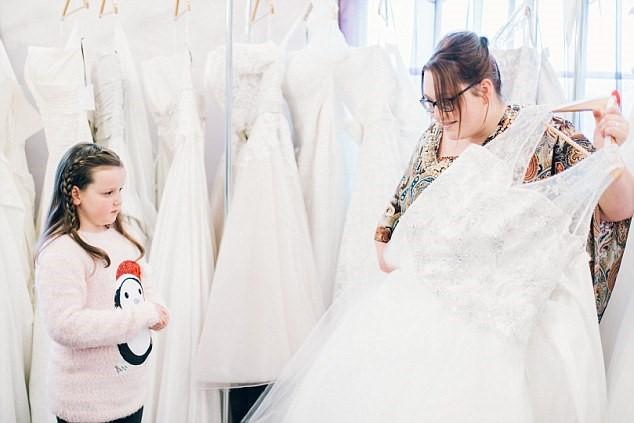 Chọn váy cưới cho cô dâu theo vóc dáng 2