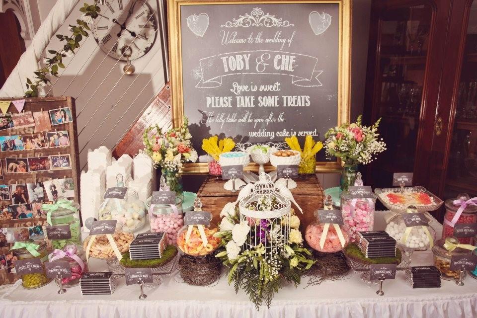 Trang trí tiệc cưới phong cách cổ điển vintage 1