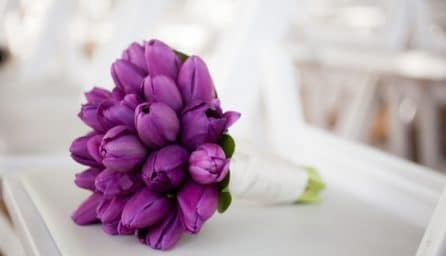 Kết quả hình ảnh cho Hoa cưới cầm tay màu hồng lavender flower