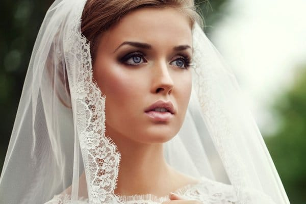 Các kiểu trang điểm cô dâu đẹp nhất không nên bỏ qua
