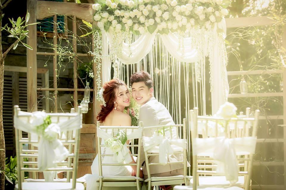 album ảnh cưới chụp trong phòng phần 11