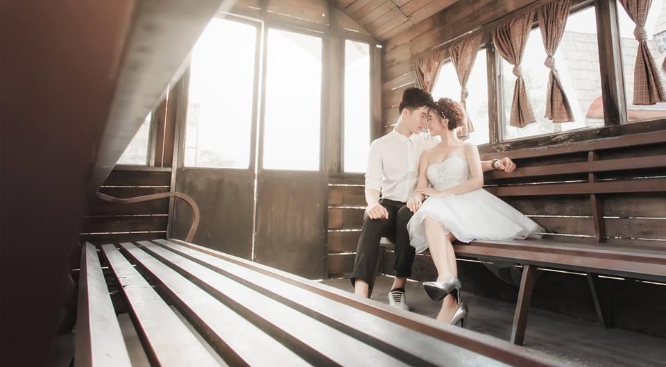 album ảnh cưới chụp trong phòng phần 8