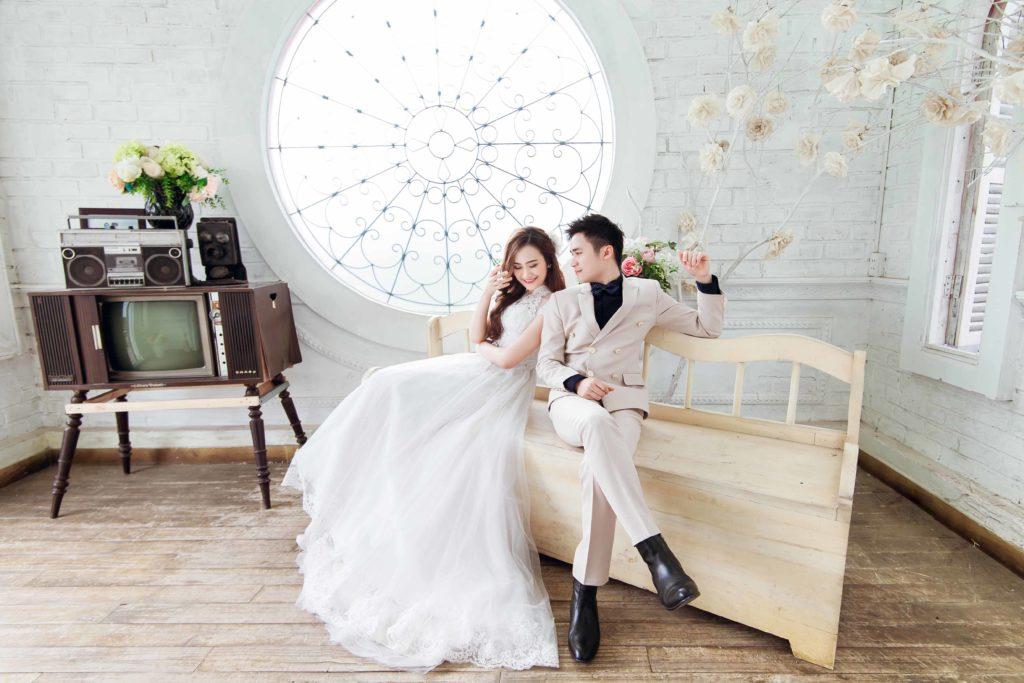 album ảnh cưới chụp trong phòng phần 31